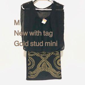 Deb Dresses - NWT💥M💥Chiffon Deb sleeveless sheath gold studs